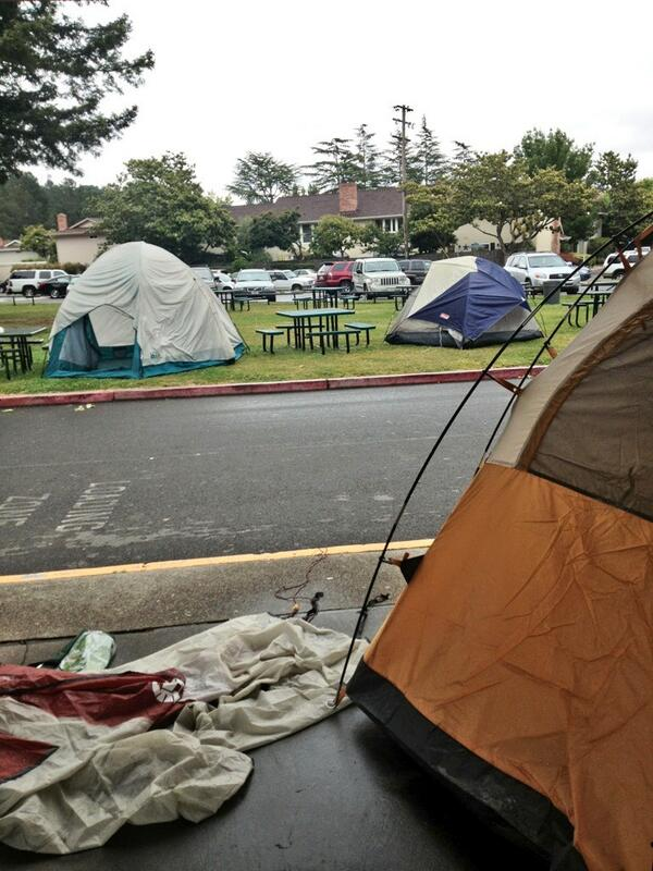 Seniors+continue+Miramonte+tradition+of+campout+on...