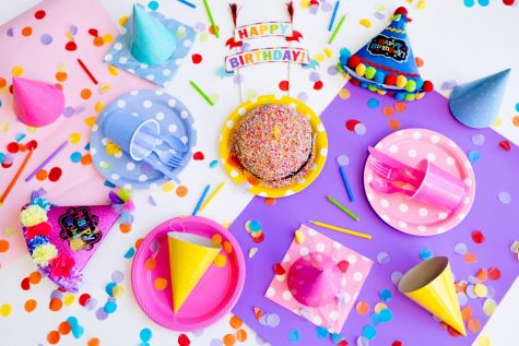 The Best Ways to Still Celebrate Birthdays in a Lockdown While Sticking to Safety Guidelines